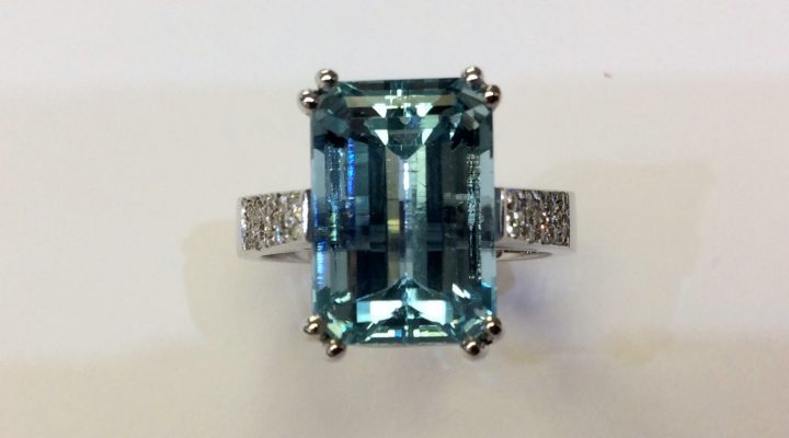 Aquamarine and Bloodstone: March's Birthstone