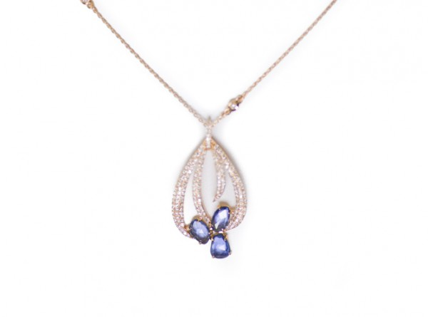 Sapphire and diamond pendant in 18K rose gold
