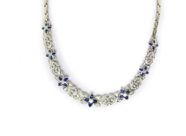 Sapphire and diamond necklace in platinum