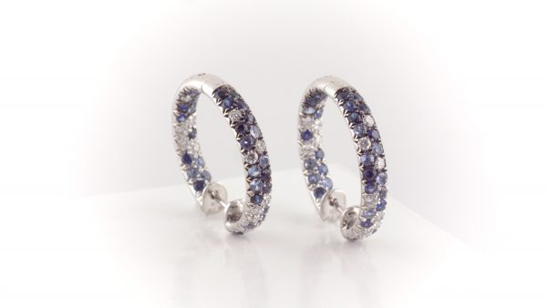 Sapphire and diamond earrings in 18K white gold.