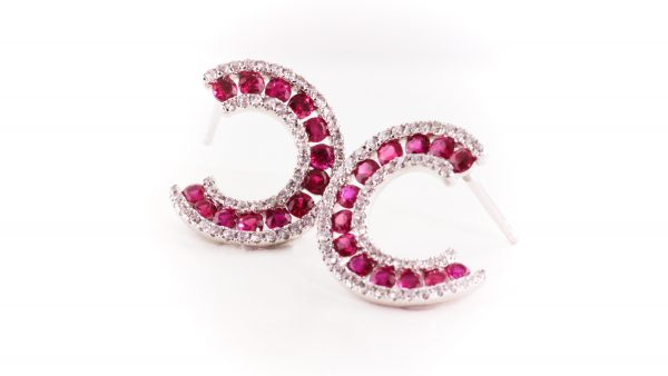 Ruby and diamond earrings in 14K white gold.